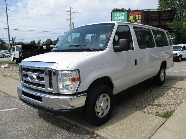 Pre-Owned 2012 Ford E-350SD XLT