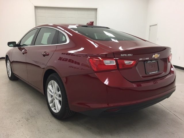 New 2018 Chevrolet Malibu Lt 4d Sedan In Louisville 180057 Bob