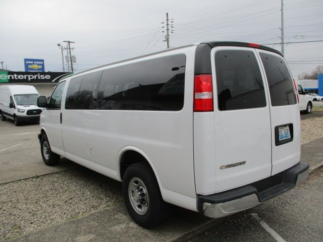 Pre-Owned 2017 Chevrolet Express 3500 LT