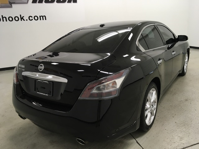 Pre-Owned 2012 Nissan Maxima 3.5 SV