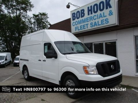 Pre-Owned 2017 Nissan NV2500 HD SV